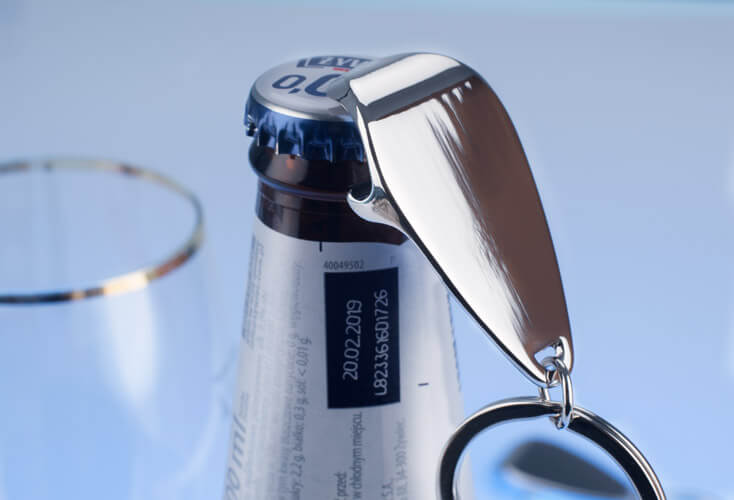 metalowy brelok reklamowy otwieracz do butelek