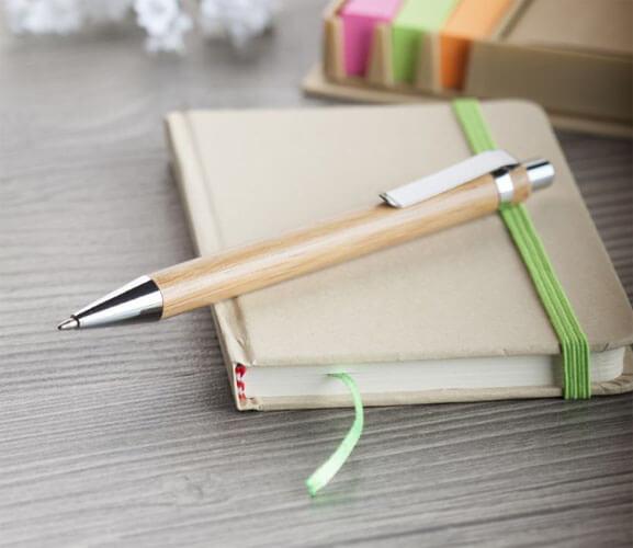 długopis z bambusa foto